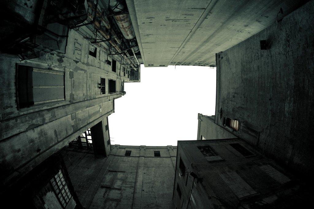 Dystopia di Erik Mauer